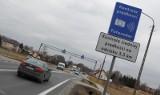 W tych miejscach w Polsce działa odcinkowy pomiar prędkości. Tutaj łatwo dostać mandat. Sprawdź lokalizacje! [lista]