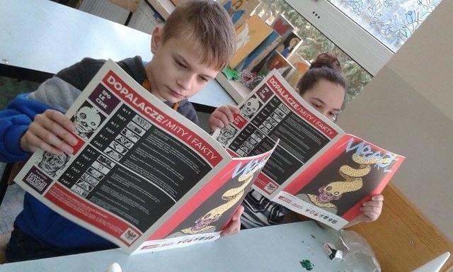 """Komiks """"Mocarz"""" był wyjściem do rozważań uczniów na temat dopalaczy."""