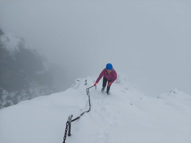 Szlak na Rysy pod śniegiem