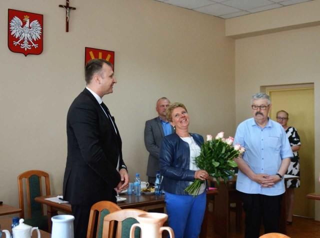 W imieniu Rady Gminy przewodnicząca Joanna Mąka gratulowała wójtowi wykonania budżetu