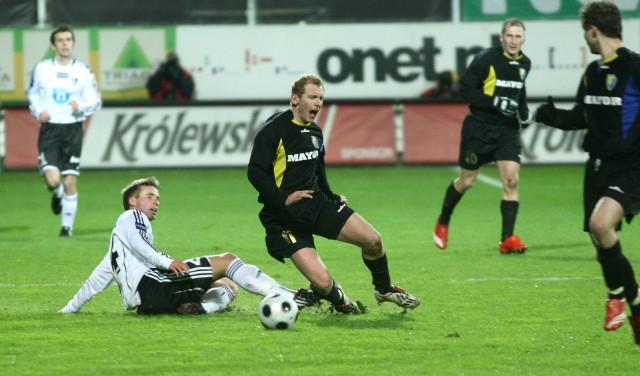 Dwumecz Atali Sanok z Legią Warszawa rozegrano wiosną 2009 roku.