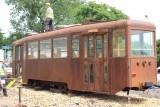 Wagon tramwajowy z 1959 roku stanął na rondzie w Rudzie Śląskiej - Chebziu
