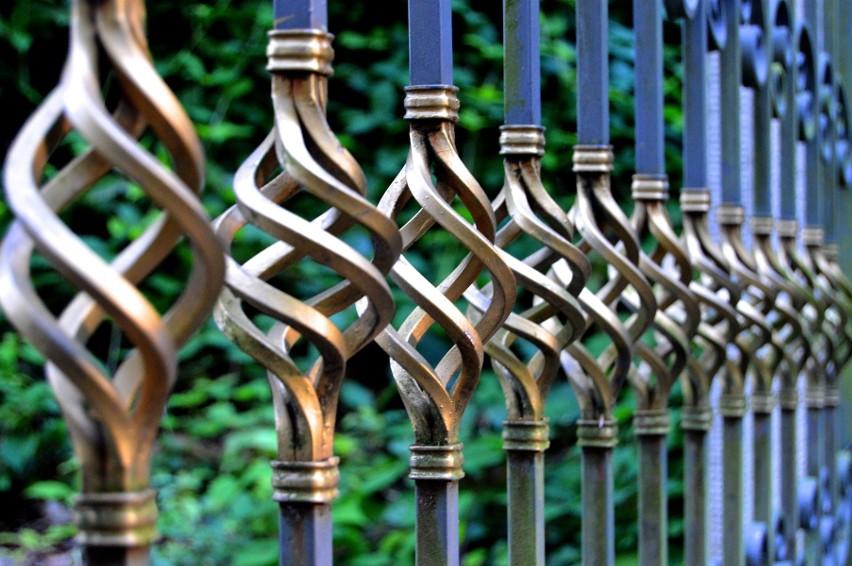 To, jakie ogrodzenie można postawić na danej działce,...
