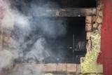 Gruczno. Spłonęła piekarnia i część budynku mieszkalnego. Dwie osoby wymagały pomocy lekarza