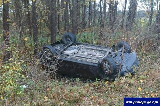 Kwik. Wypadek na drodze Pisz - Orzysz. Kierowca BMW zderzył się z dacią