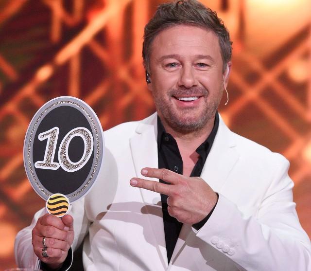 """Andrzej Piaseczny od kilku tygodni pracuje na planie telewizyjnego show """"You can dance. taniec z gwiazdami"""". jako juror ocenia występy gwiazd i ich tanecznych partnerów."""