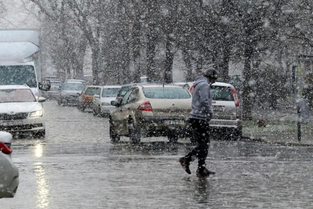 Intensywne opady śniegu na Dolnym Śląsku.