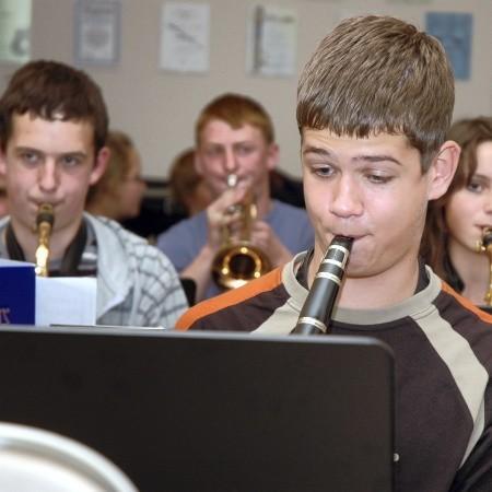 W czasie próby z niemieckimi kolegami klarnecista Paweł Kania z Wolsztyna nie oszczędzał płuc. Mimo że była to tylko próba każdy chciał wypaść jak najlepiej!