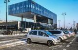 Koniec darmowego parkowania przy dworcu PKP Bydgoszcz Główna [zdjęcia, wideo]