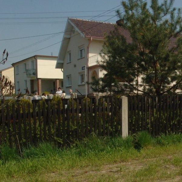 Około 30 mieszkańców obawiających się o stan prawny swoich nieruchomości odwiedziło już punkt doradczy starostwa w Prudniku.