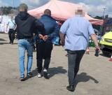 Okradł klienta na Rynku Bałuckim w Łodzi. Policjanci zatrzymali po pościgu złodzieja. Kieszonkowiec był poszukiwany 31.05.2021
