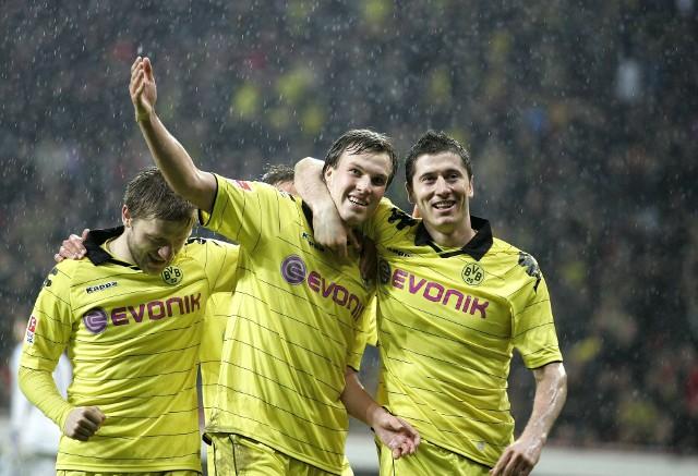 Kevin Grosskreutz ma już za sobą najlepsze lata piłkarskiej kariery. Tu w 2011 roku, w objęciach Lewandowskiego i Błaszczykowskiego.