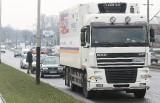 Wypadek na al. Włókniarzy - ciężarówka zderzyła się z golfem [film]