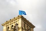 Polski rząd mówi jedno, a Unia Europejska robi drugie. Ogromna pomoc płynie do Polski z UE