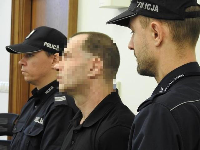 Brunon B. pod koniec 2017 r. trafił do aresztu. Przebywa tam do dziś. Na rozprawie apelacyjnej się nie pojawił.