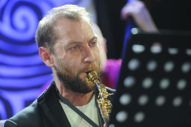Wśród wykonawców koncertu będzie ceniony  saksofonista Maciej Kociński, który jest wykładowcą Akademii Muzycznej