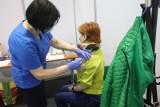 Dodatkowe dni wolne za szczepienie? Zobacz ile dni wolnych może otrzymać pracownik
