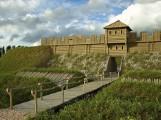Ruszyła budowa średniowiecznego grodziska w Tumie pod Łęczycą ZDJĘCIA