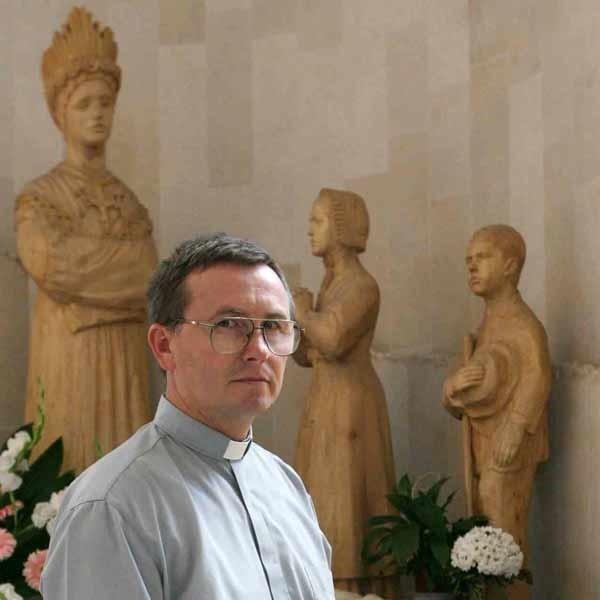 - Całym sercem modlimy się za pielgrzymów i ich rodziny - mówi ks. Henryk Przeździecki.