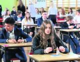 Okazało się, że zlikwidowane gimnazja badzo dobrze kształciły naszych nastolatków. Po co zatem ta cała reforma edukacji?