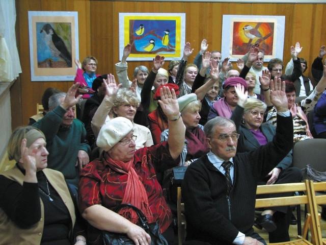 Założyciele stowarzyszenia – w większości starsi mieszkańcy Bielska Podlaskiego – bardzo chętnie głosowali za powołaniem Uniwersytetu III Wieku.