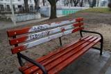 Wandale dewastują pasaż Abramowskiego. Czy to miejsce może stać się zieloną wizytówką Łodzi?