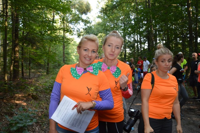 Magdalena Gontarz ( z lewej) wraz wolontariuszkami Parkrun Żary