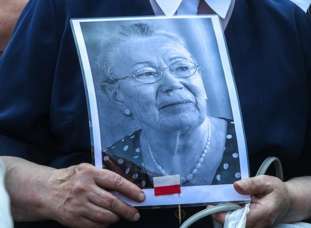 15.08.2015 GdańskOdsłonięcie pomnika Anny Walentynowicz