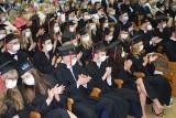 Pierwsi absolwenci medycyny na Uniwersytecie Zielonogórskim złożyli przyrzeczenie. Czekamy tu na Was - mówili goście uroczystości