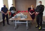 Sokólscy policjanci i strażacy dostali sprzęt na czasy walki z koronawirusem