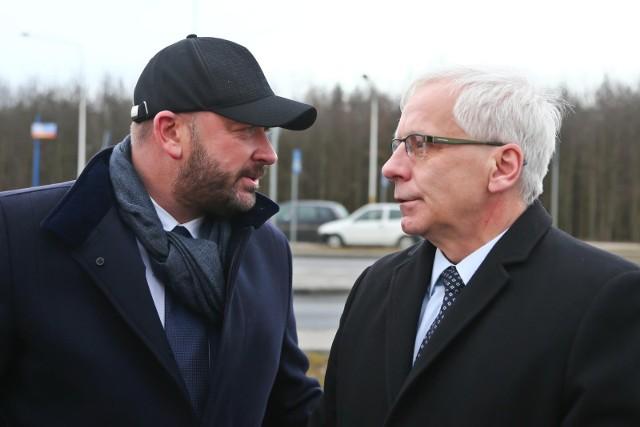 Prezydent Wrocławia Jacek Sutryk i wojewoda dolnośląski Jarosław Obremski.