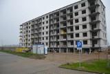 Nowe standardy w Słupsku. Więcej parkingów i dłuższa droga do szkoły