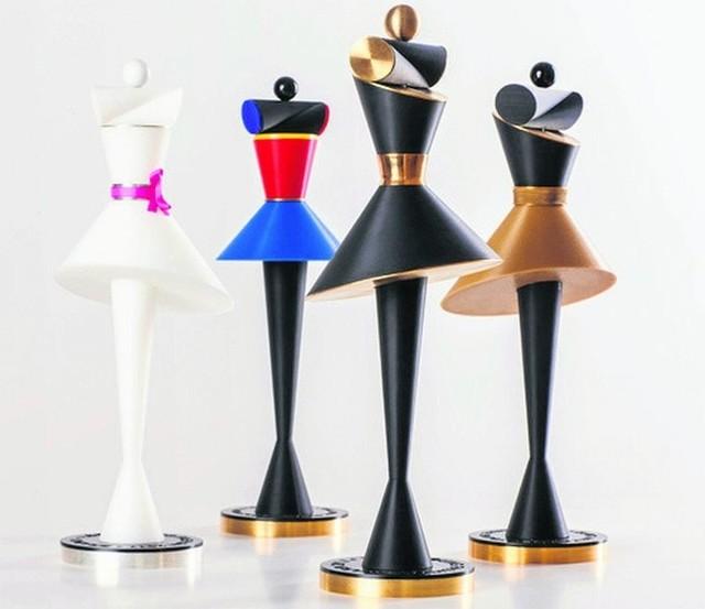 Statuetki dla zwycięzców czterech konkursów, które tworzą główny trzon Łódź Young Fashion.