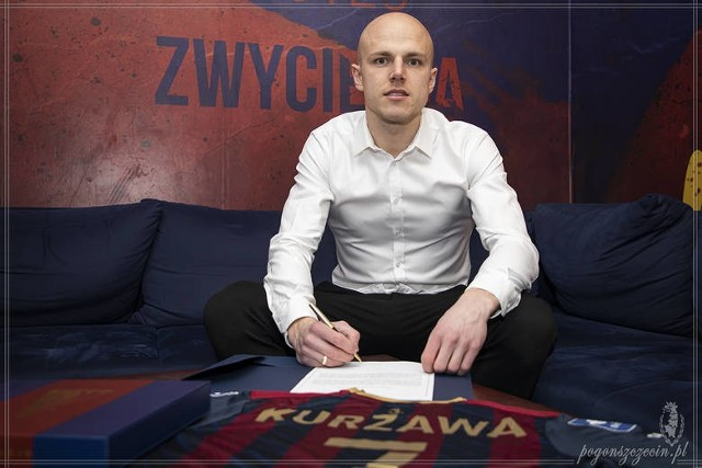 Rafał Kurzawa podpisał kontrakt z Pogonią Szczecin, choć w Górniku Zabrze liczyli na to, że wróci na Roosevelta.