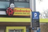 Parkowanie przy sklepach Aldi i Biedronka. UOKiK nałożył karę