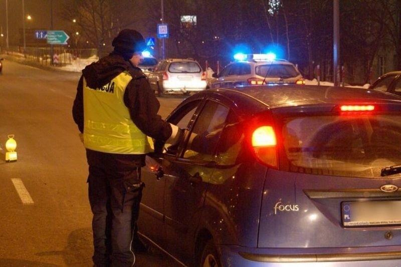 Na punktach prawie wszyscy kierowcy przechodzili kontrolę trzeźwości. Przepuszczano tylko taksówkarzy