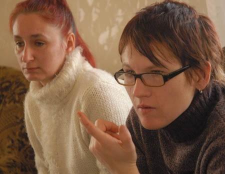 Beata Augustyniak (z lewej) i Anna Bącler mają pretensje do dyrektorki podstawówki, że nie zadbała o bezpieczeństwo ich synów. Twierdzą, że szkoła wiedziała o prześladowaniu chłopców od września.
