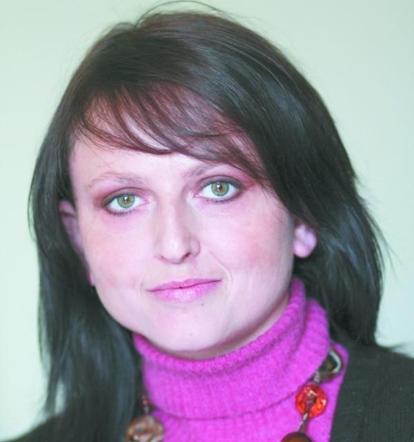 Na Państwa pytania dotyczące opieki i pomocy socjalnej odpowiada Anna Trochim-Sidorkiewicz z Miejskiego Ośrodka Pomocy Rodzinie w Białymstoku.