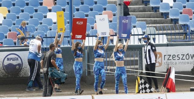 Sezon żużlowy 2021 w Rzeszowie zapowiada się bardzo ciekawie. Najpierw jednak zawodnicy 7R Stolaro Stali Rzeszów muszą mieć do dyspozycji własny tor. Prace przy nim zaplanowano od poniedziałku; jeżeli oczywiście pozwoli na to aura...