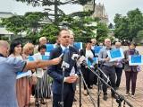Wiceminister Rafał Weber z działaczami Prawa i Sprawiedliwości promował w Tarnobrzegu założenia Polskiego Ładu (ZDJĘCIA)