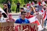 Protest przy granicy. Białorusini domagają się zaostrzenia sankcji wobec reżimu Łukaszenki (zdjęcia)