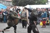 Bitwa o zamek, walki na miecze i topory. Tak wyglądał XII Turniej Rycerski o Pierścień Księżnej Jadwigi Śląskiej w Krośnie Odrzańskim