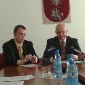 Marszałek i dyrektor departamentu listę rankingową ogłosili na specjalnie zorganizowanej konferencji prasowej.