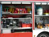 Pożar w Pabianicach. Pięć osób w szpitalu. Ucierpieli lokatorzy i policjanci