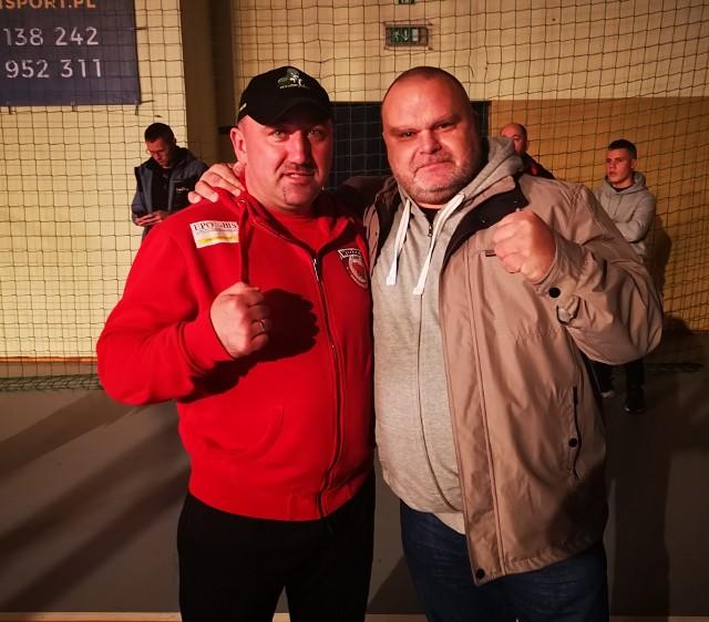 Trener Bogdan Szuba i biznesmen Maciej Grubski, wspierający rozwój boksu i innych sztuk walki