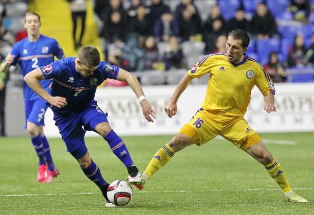 Większość piłkarzy z kadry Kazachstanu gra w lidze kazaskiej. Na zdjęciu mecz Kazachstan - Islandia.