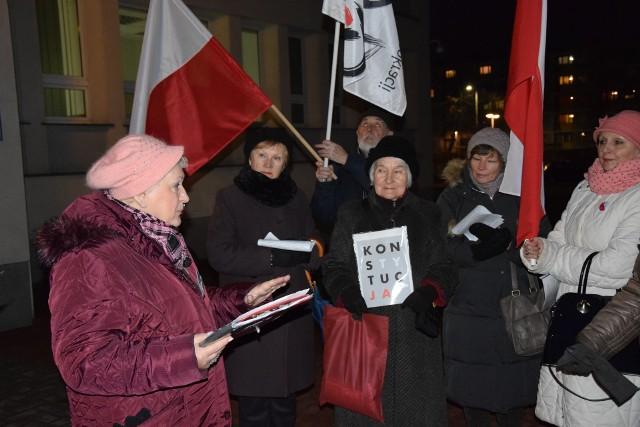 Pikieta KOD-u pod Sądem Okręgowym w Częstochowie 11 marca 2019 roku