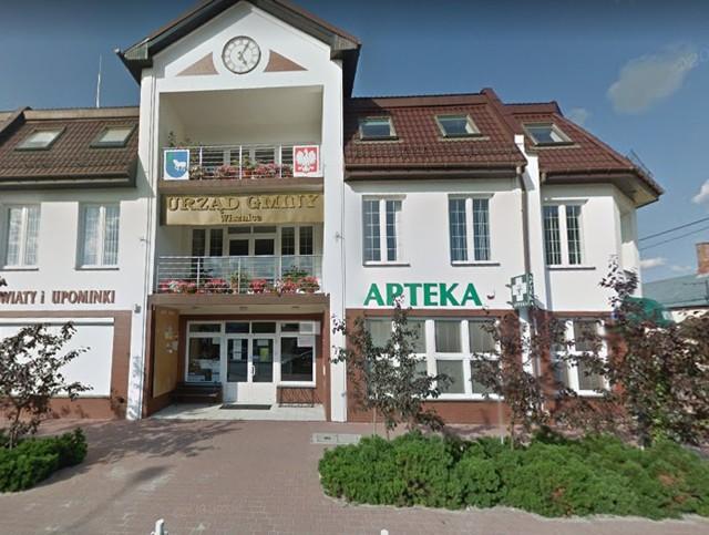 U jednego z pracowników Urzędu Gminy i Gminnego Ośrodka Pomocy Społecznej w Wisznicach potwierdzono zakażenie koronawirusem