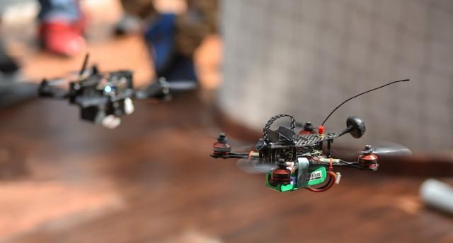 Obecnie drony mają głównie zastosowanie rekreacyjne