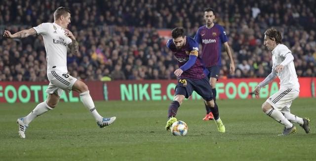 Real - Barcelona online stream. Transmisja na żywo w TV i internecie. Gdzie oglądać Puchar Króla za darmo? [27.02.2019]